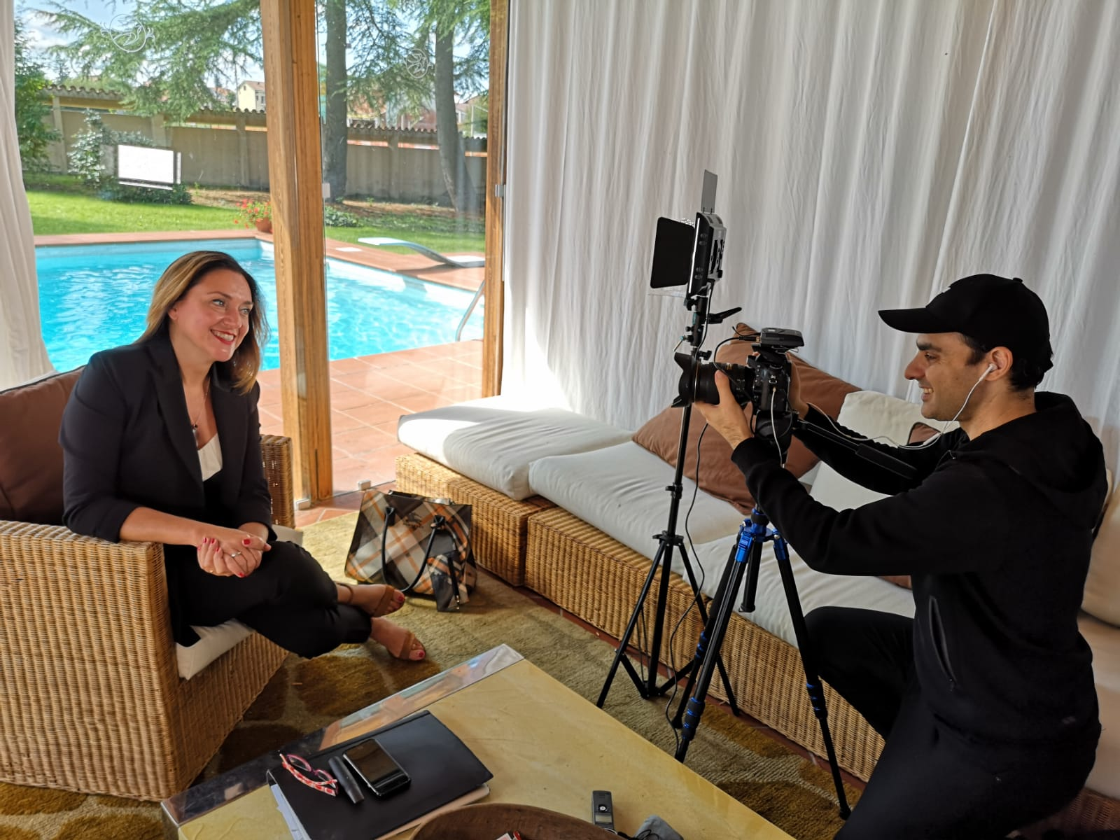 Silvia Rossi Real Estate e Massimiliano Zeuli di Overlook Art mentre girano il corso di social media marketing per agenti immobiliari.