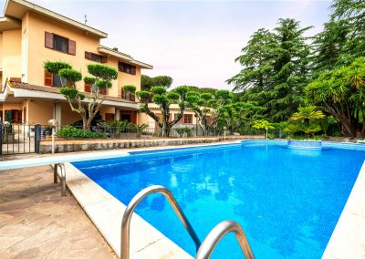 Villa con piscina nel Residence Aurelio